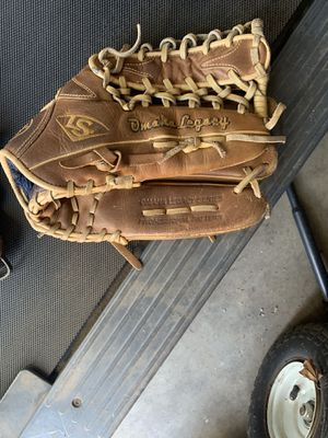 Baseball Gloves for Sale in Chino, CA
