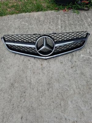 2008-2011 Mercedes C63 AMG W204 Grille OEM Part #A2048802483 for Sale in Conroe, TX