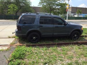 03 Ford Explorer XLT for Sale in New York, NY