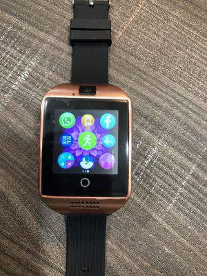 Brand new HD Smartwatch with Camera Unlocked Touchscreen works with any phone or any sim card for Sale in Fort Lauderdale, FL