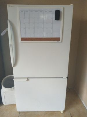 Refrigerator for Sale in Tracy, CA