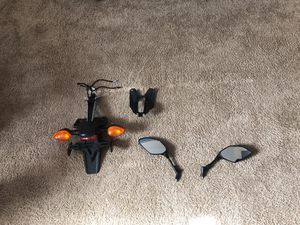 FZ-07 stock fender/turn signal and mirrors for Sale in Sterling, VA