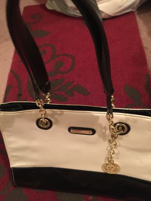 Anne Klein purse- Beige and Black with Signature AK for Sale in Burbank, CA