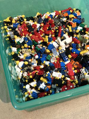 Giant tote of 400 LEGO minifigures! for Sale in Raleigh, NC