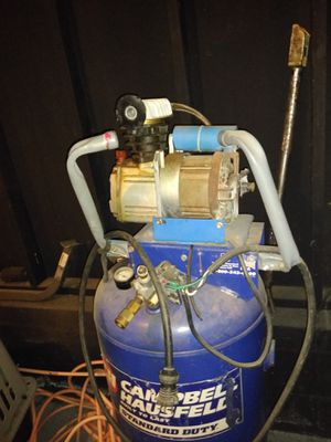 Air compressor 26 gallon for Sale in Douglasville, GA