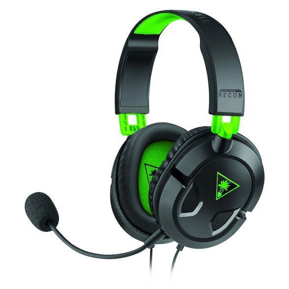 Xbox oneX , turtle beach headphones and mic, w one controller and Modern Warfare