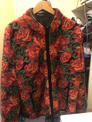 Supreme FW16 Roses Sherpa Reversible Jacket for Sale in San Diego, CA