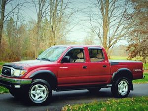 2001 Toyota Tacoma Red for Sale in Raleigh, NC