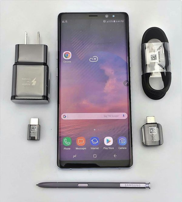 SAMSUNG Galaxy Note 8, UNLOCKED//Excellent Condition, Looks like New//Price is Negotiable