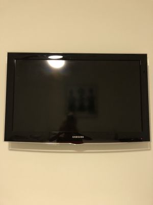 Samsung TV 32 Inches for Sale in Rockville, MD