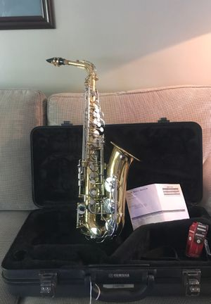 Yamaha alto saxophone YAS200ADII! Very good condition ! Hardly used ! With case and strap for Sale in Philadelphia, PA