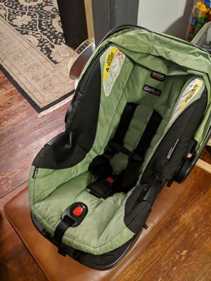 Britax car seat for Sale in Houston, TX