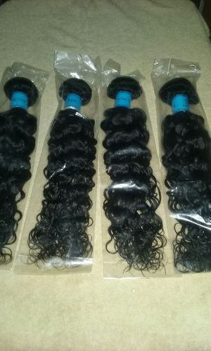 18 inch Peruvian natural wave for Sale in Detroit, MI