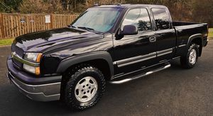 EVERYTHING WORKS EXCELLENT CHEVY SILVERADO 2003 for Sale in Philadelphia, PA