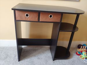 Small desk for Sale in Pittsburgh, PA