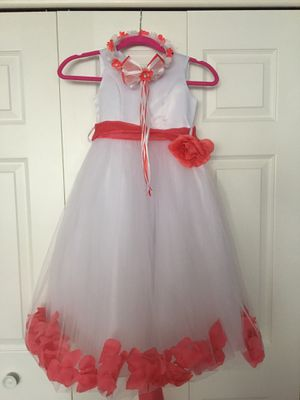 Flower Girl Dress, size 6 for Sale in Arlington Heights, IL