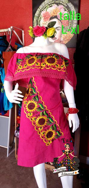 Vestido bordado girasoles mexicano for Sale in Phoenix, AZ