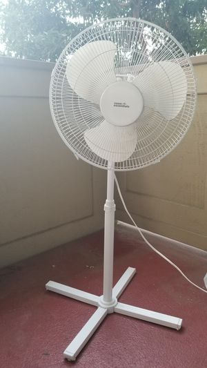 Oscillating fan good condition for Sale in Cupertino, CA