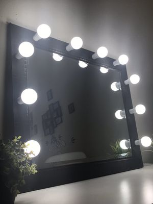 New Hollywood mirror with lights for Sale in Waukegan, IL