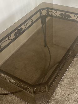 Full Glass Kitchen table for Sale in Walnut,  CA