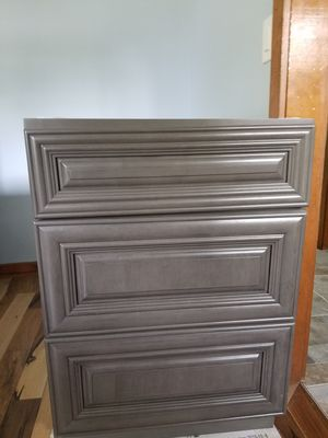 "Brand new Grey Satin stain 3 drawer 24"" kitchen cabinets. Two of them that were $500 new. Asking $400 each or best offer. for Sale in Reynoldsburg, OH"
