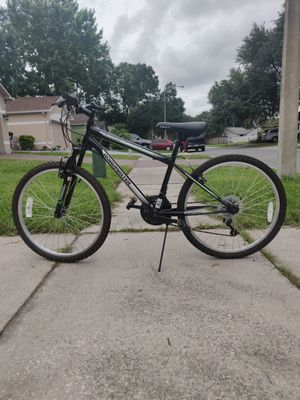 Bike size 24 clean and in good condition for Sale in Orlando, FL