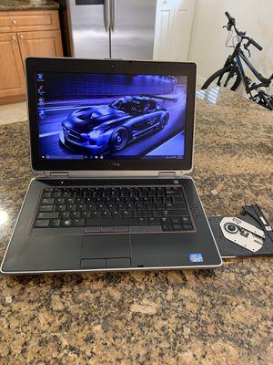 Dell 14.1 intel Core i5 windows 10 / 750 gb and 8 gb of ram for Sale in Miami Lakes, FL