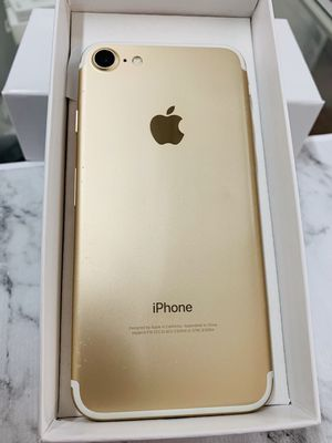 IPhone 7 (128 GB) Factory Unlocked Excellent Condition for Sale in Medford, MA