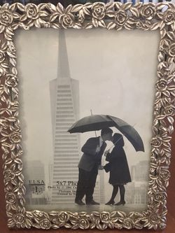 Pewter Silver Picture Frame for Sale in Vancouver,  WA