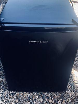Mini fridge for Sale in Tijeras, NM