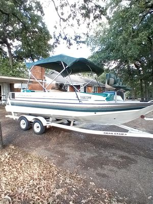 1997 Sun Tracker party deck 21 foot runs excellent lake ready clear Texas titles for all 3 in hand $8900 O.B.O for Sale in Fort Worth, TX