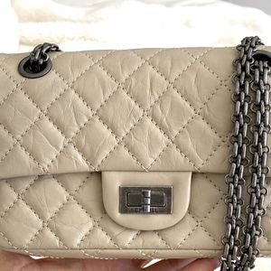 CHANEL Reissue 224 MINI Rectangular FLAP BAG for Sale in Miami, FL