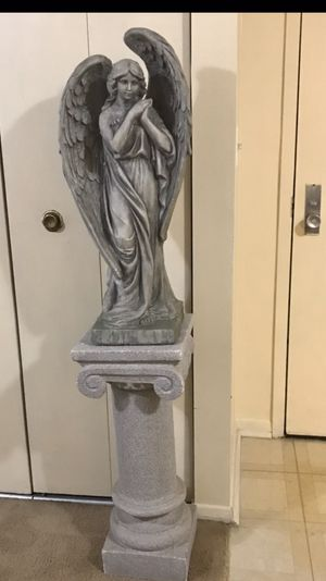 """2 pc of 34"""" tall heavy statue with 30"""" matching pedestal stand still available for pick up in Gaithersburg md20877 for Sale in Gaithersburg, MD"""