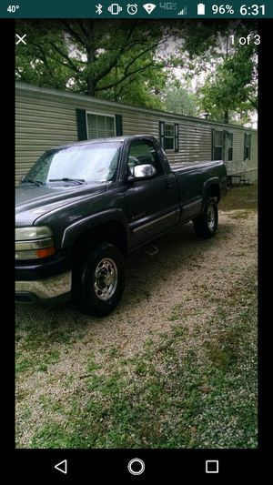 2001 Chevy 2500 HD, 4x4 for Sale in Potosi, MO