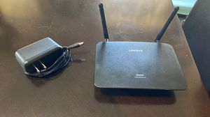 Linksys Wifi Extender Router RE6500 for Sale in Tampa, FL