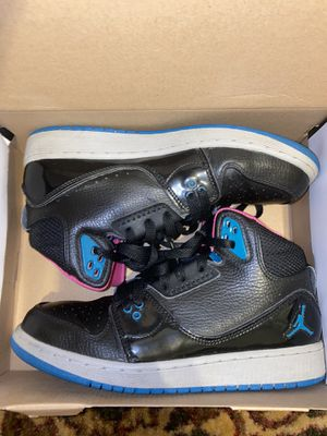 jordan flight 1 size 5y for Sale in Thornton, CO
