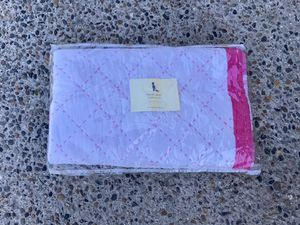 Pottery Barn Kids Toddler Quilt for Sale in Wenatchee, WA