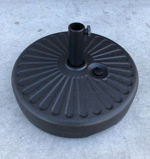 New in box $25 each 50 lbs 20 inches diameter round 23 liter capacity waterfilled umbrella stand for Sale in Los Angeles, CA