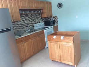 Kitchen Single Cabinet new for Sale in Tampa, FL