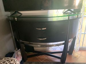 4 piece table set. Tv table, coffe table, and two side tables for Sale in Centreville, VA