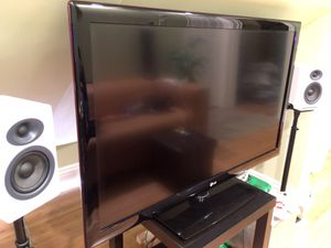 "LG 47"" 1080p 120hz LCD for Sale in Oakland, CA"