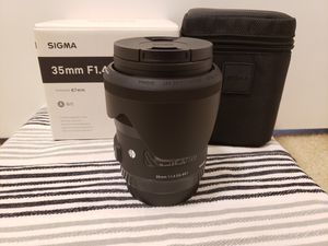 Sigma 35mm 1.4 Art for Canon for Sale in Lynnwood, WA