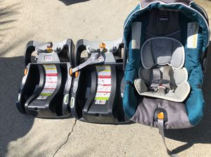 Chicco Keyfit 30 infant car seat with 2 bases (very clean) for Sale in Brea, CA