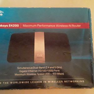 Cisco Linksys E4200 Maximum Performance Wireless-N Router for Sale in South Pasadena, CA