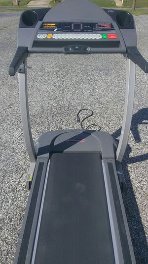 ProForm treadmill model 520 tracks your progress speed distance time EKG monitor tracks your heart rate and pulse excellent condition . Inclines for Sale in Philadelphia, PA