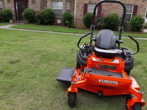 Kubota 411 zero turn mower for Sale in Jonesboro, GA