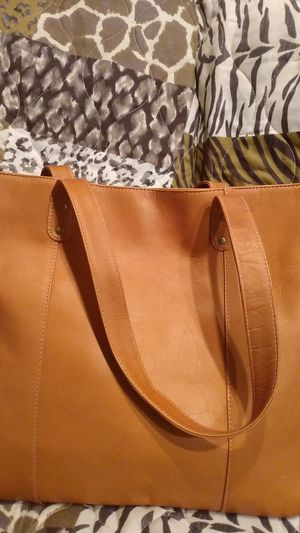 Le Donne leather tote bag caramel color for Sale in Elgin, IL