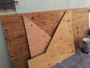 Plywood for free for Sale in San Diego, CA
