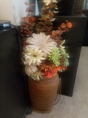 Flower Arrangement for Sale in Fort Belvoir, VA