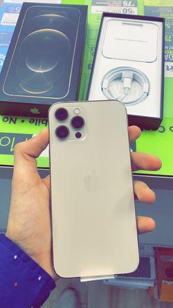 Apple iPhone 12 Pro 128gb Factory Unlocked - Like New! (30 Days Warranty) for Sale in Arlington,  TX